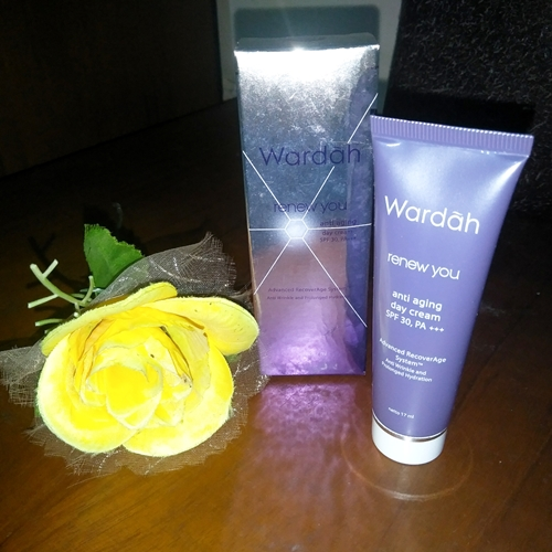 Krim Siang Andalan! Wardah Renew You Anti Aging Day Cream SPF 30, PA +++