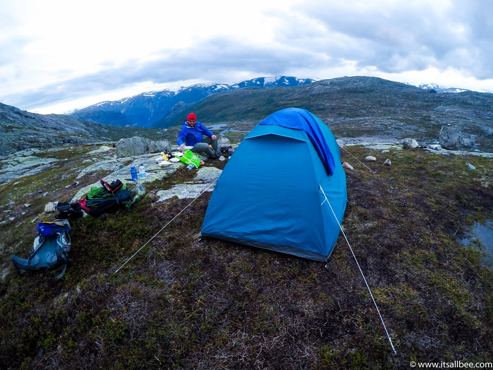 Trolltunga Hike Guide - Trolltunga Camping - trolltunga norway images