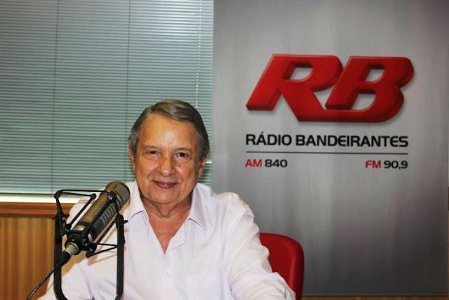 """O jornalista José Paulo de Andrade apresenta o matinal """"O Pulo do Gato"""", pela Rádio Bandeirantes, desde 1973: recorde de permanência no ar (Foto: Divulgação)"""