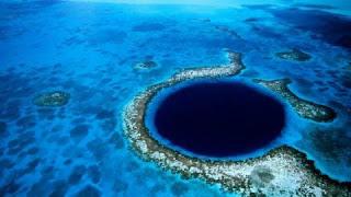 Le Grand Trou Bleu pourrait-il aider à résoudre le mystère de la fin des Mayas ?