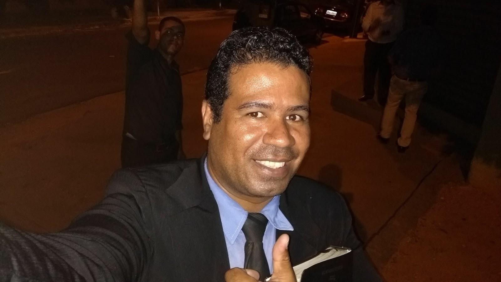 Meu nome é Ricardo F.S