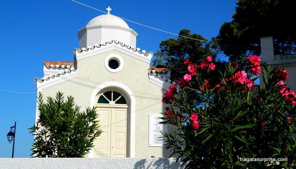 Igreja ortodoxa na ilha grega de Spétses, no Arquipélago Argo-Sarônico