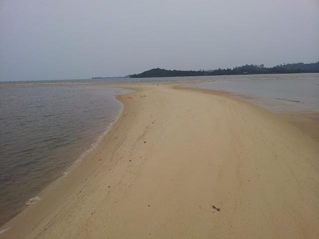 Pasir Busung Pantai Setokok