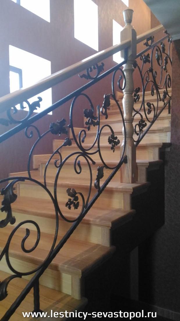 Открытый каркас лестниц