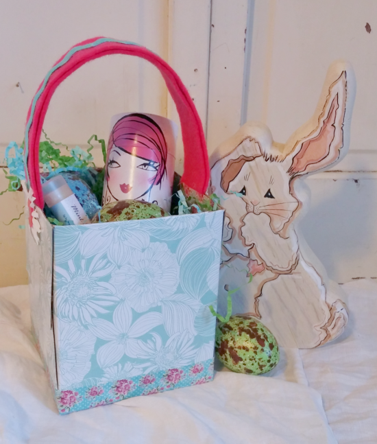 Easter basket made from a tissue box