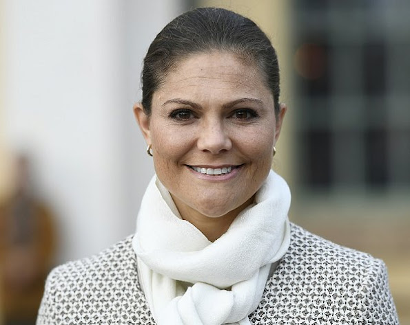Crown Princess Victoria wore dress new sesion bag style royal news royal fashions