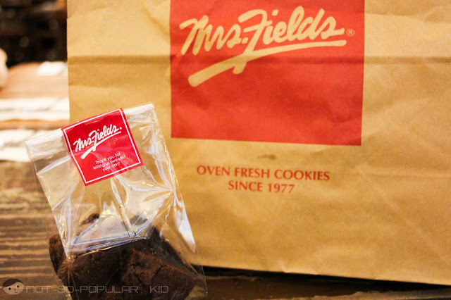 Sweets for you: Brownies of Mrs. Fields