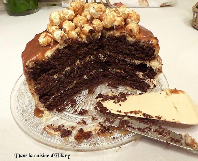 Drip cake gourmand au chocolat et caramel