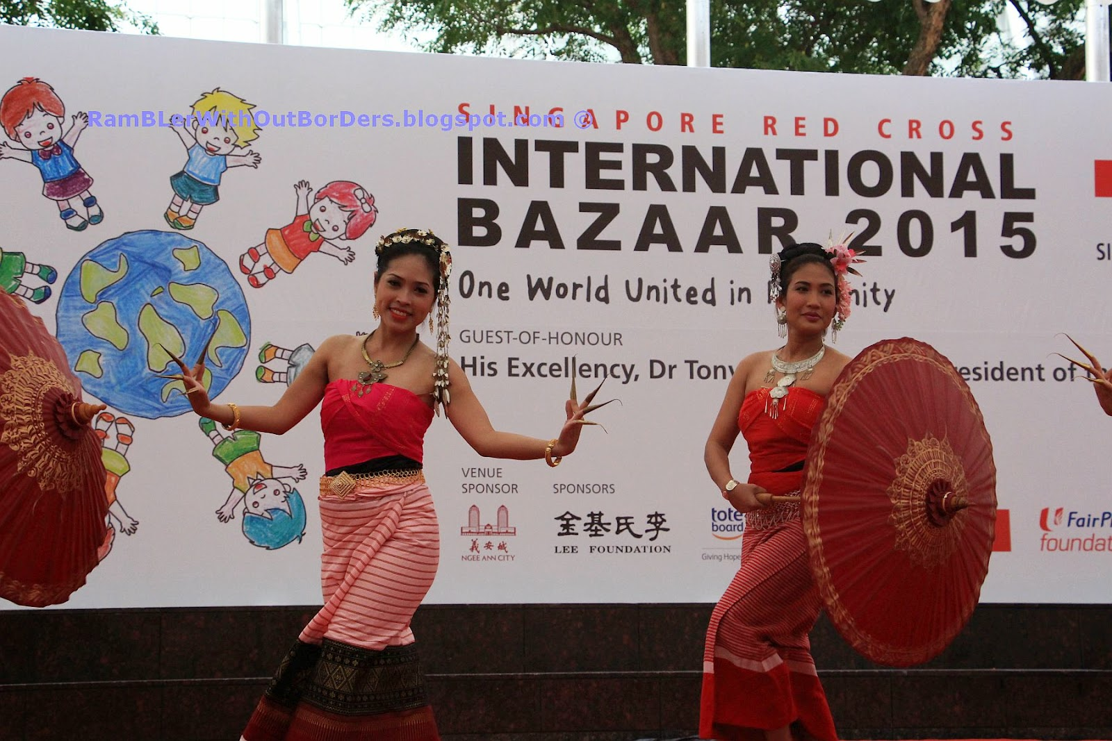 Burmese dance, Singapore International Red Cross Bazaar 2015