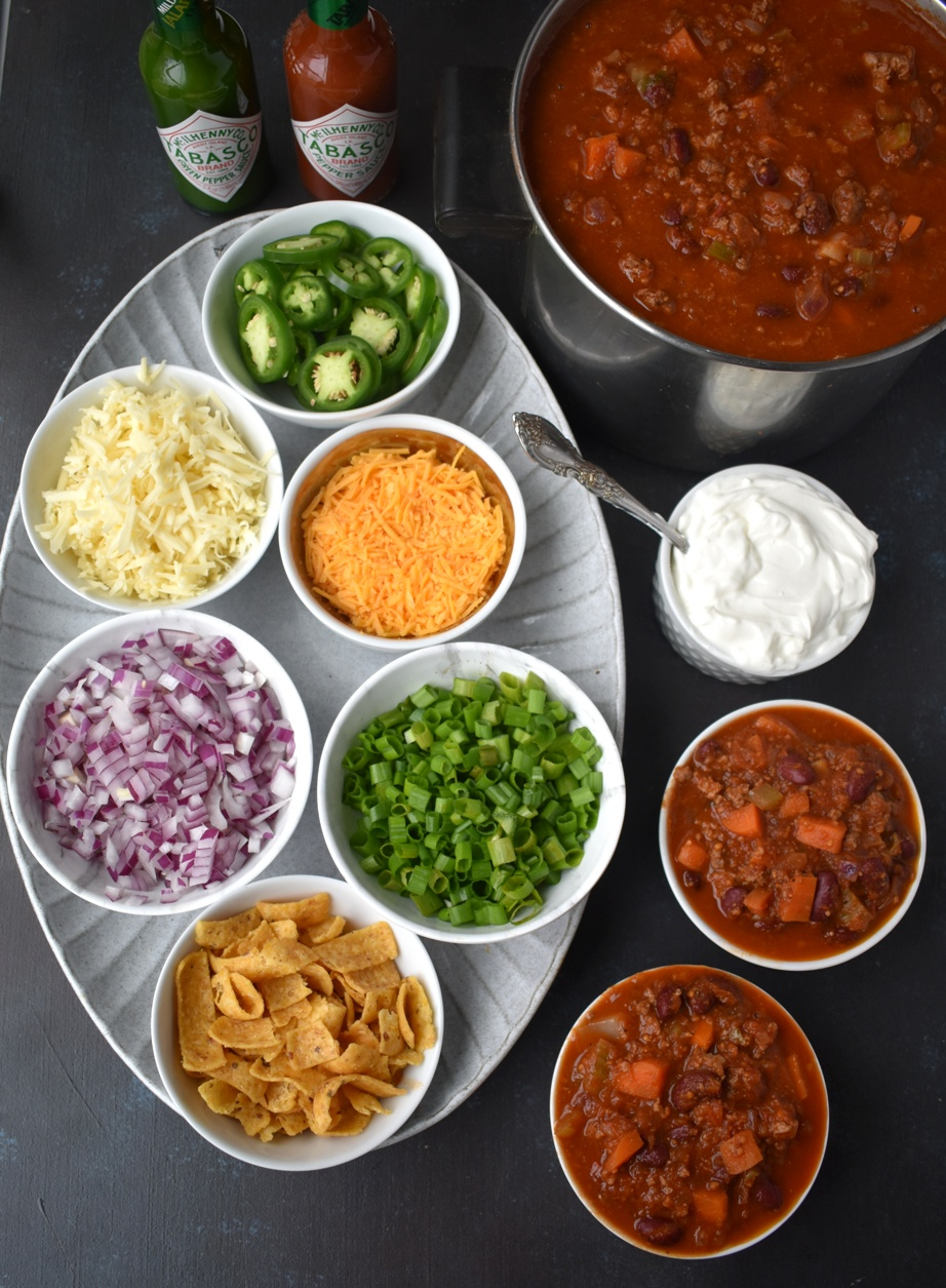 Chili bar toppings