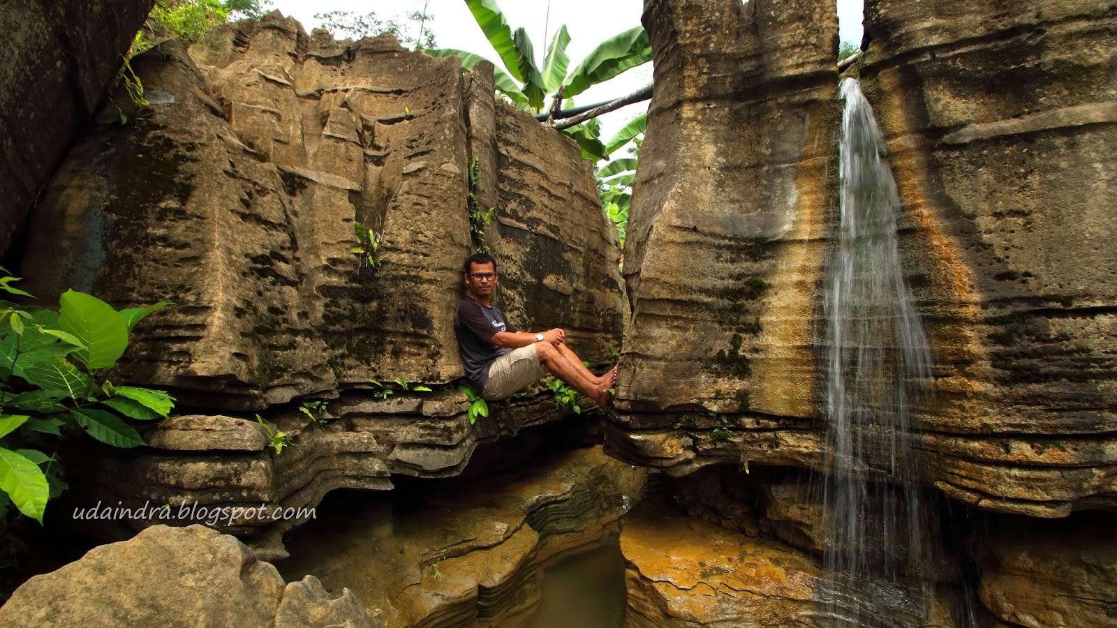 Hiking Ceria Ke Goa Agung Garunggang Geopark Sentul Bogor
