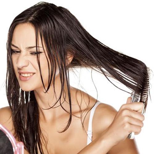 cara mengatasi rambut berminyak secara alami