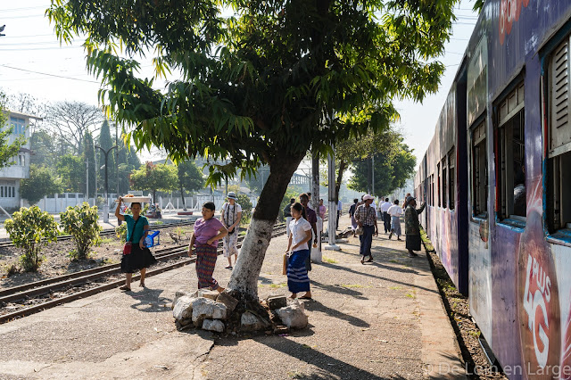 Circular train-Yangon-Myanmar-Birmanie