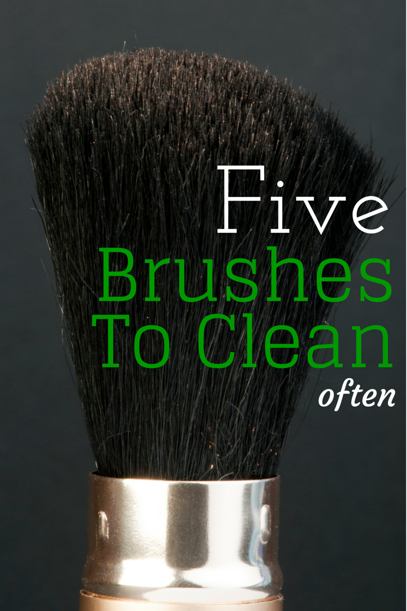 5 effortless minutes to clean all your brushes for better health (via TheHealthMinded.com) #health #cleaning #beauty