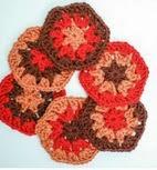 http://translate.googleusercontent.com/translate_c?depth=1&hl=es&rurl=translate.google.es&sl=en&tl=es&u=http://www.petalstopicots.com/2013/03/granny-hexagon-pattern-my-latest-love/&usg=ALkJrhiVKhW36bYVniZ_CyKObxt6Dnw-AQ