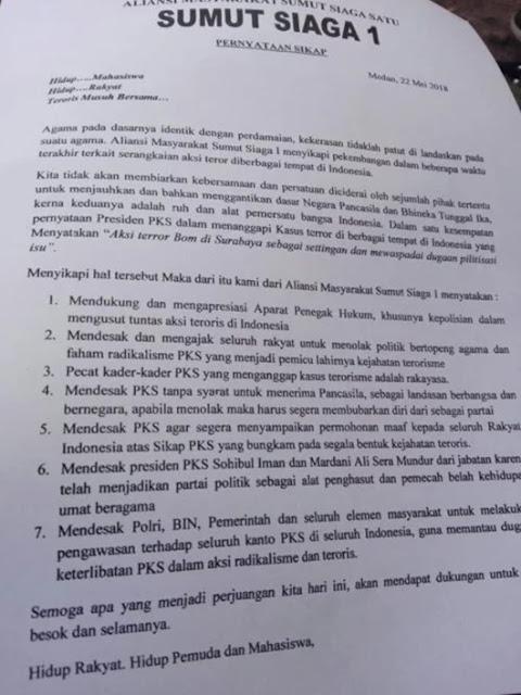 Ratusan Warga Medan Unjuk Rasa Tuntut PKS Dibubarkan