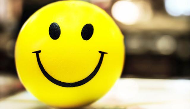 Pelota con cara de Felicidad