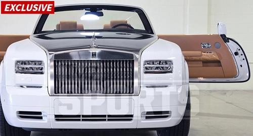 Floyd Mayweather Buys Girlfriend $550k Car, Making It Her 4th In 2 Years