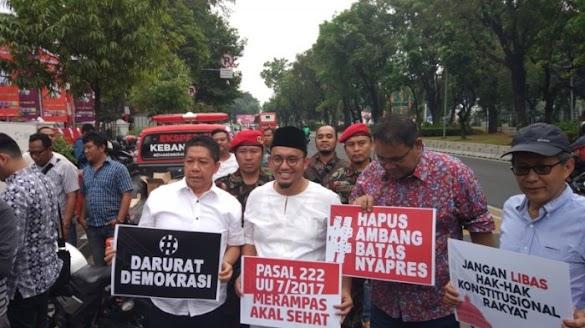 Rocky Gerung, Dahnil Anzar, hingga Effendi Ghazali Pimpin Demo di MK Soal PT