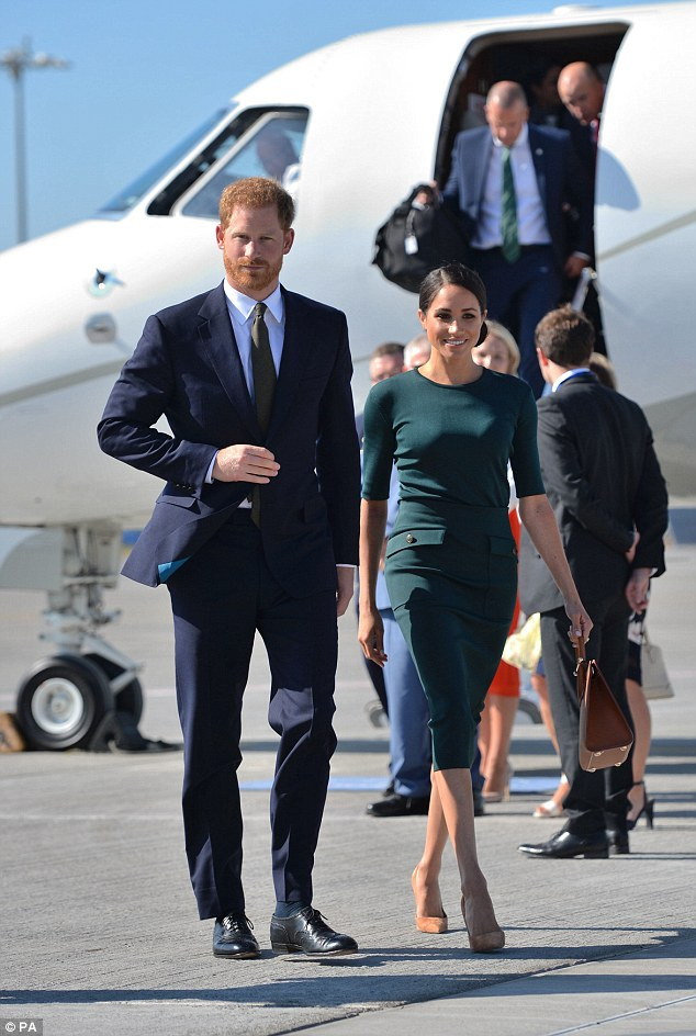Harry and Meghan arrives in Dublin for first overseas tour as a married couple