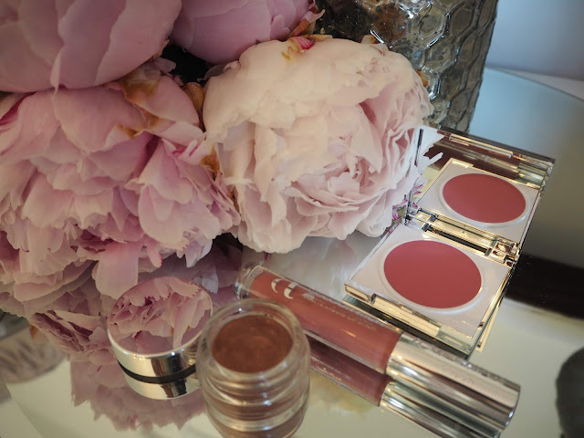 Cosmetics A La Carte Summer of Love Collection