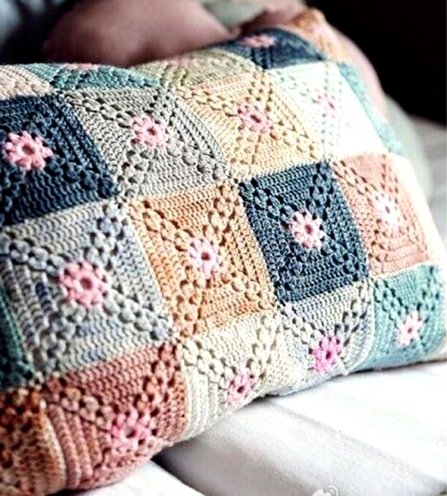 Crochet Pillow - Free Diagram