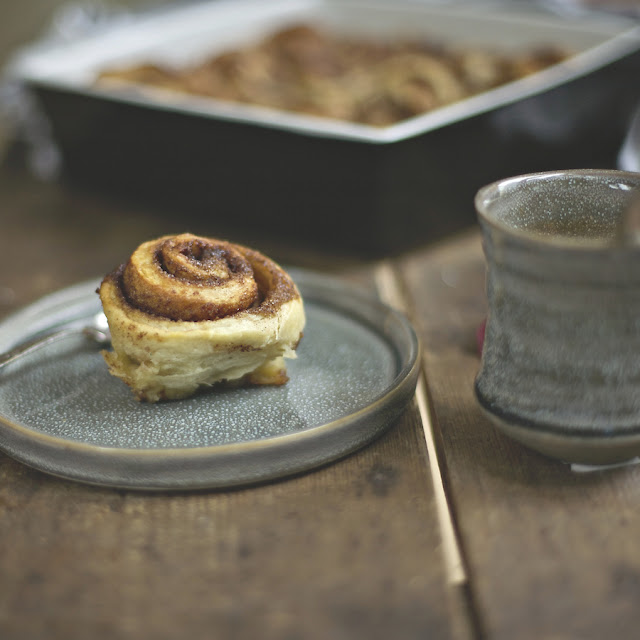 sticky cinnamon buns _ the_hygge_journal