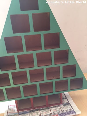 Decorating a wooden Hobbycraft Advent calendar