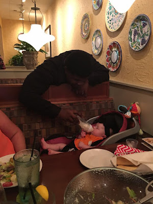 Be the waiter at Olive Garden Restaurant in Little Rock who helps a struggling mother, allowing her to eat in peace while he cared for her baby.