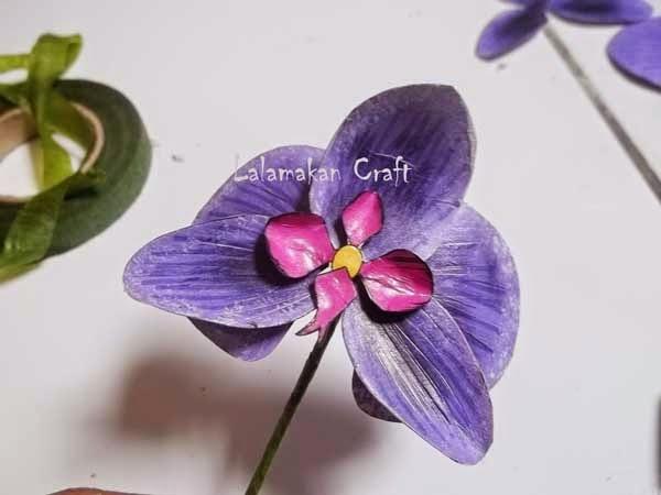 Creativity Tutorial Membuat Bunga Anggrek Dari Kertas