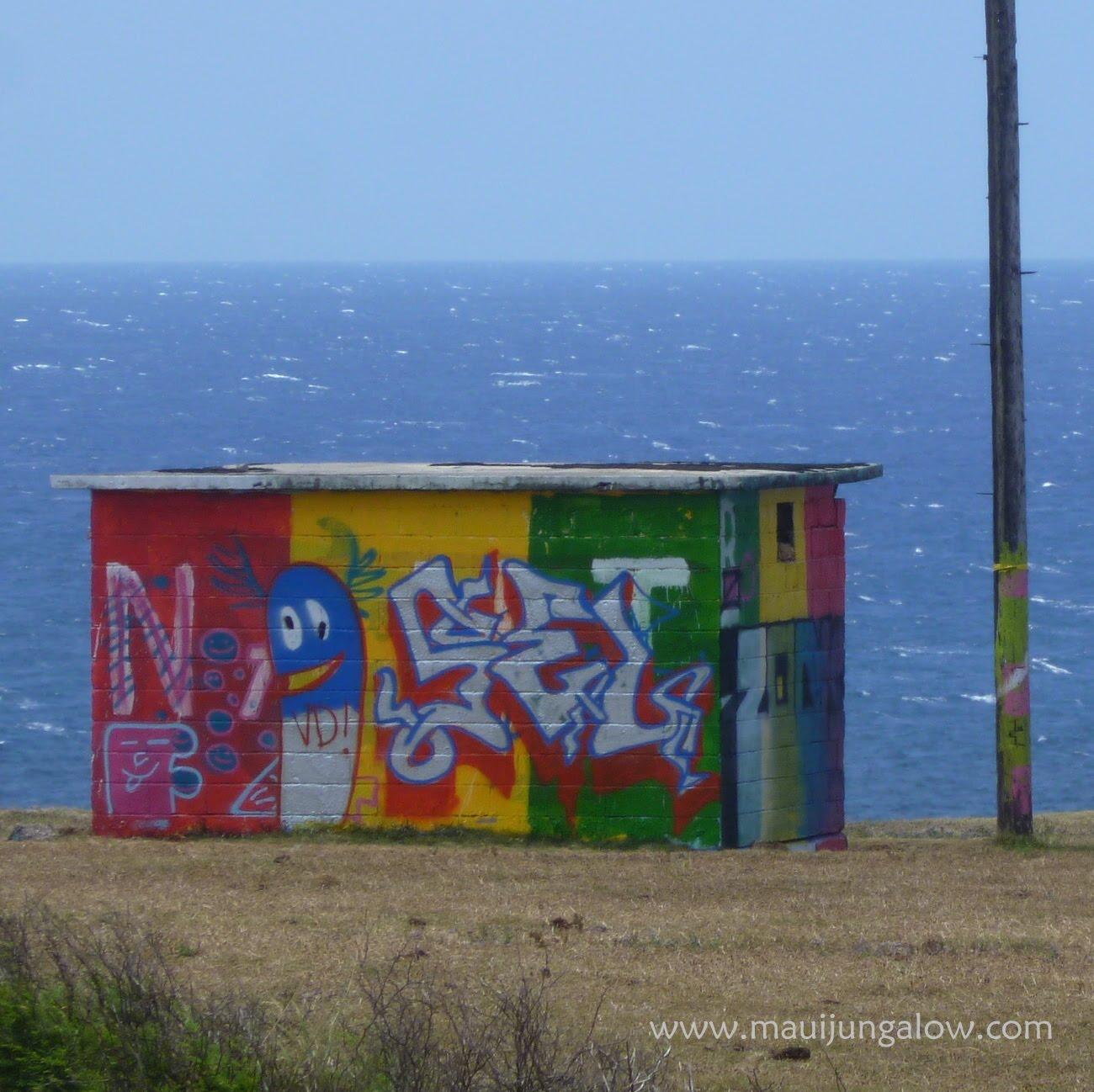 Maui Jungalow Groovy Tuesday Graffiti And Graduation Street Art