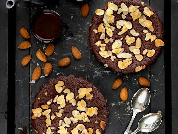 Financiers mandorle e cacao (senza glutine)