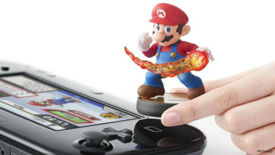 Bonecos interagem com jogos