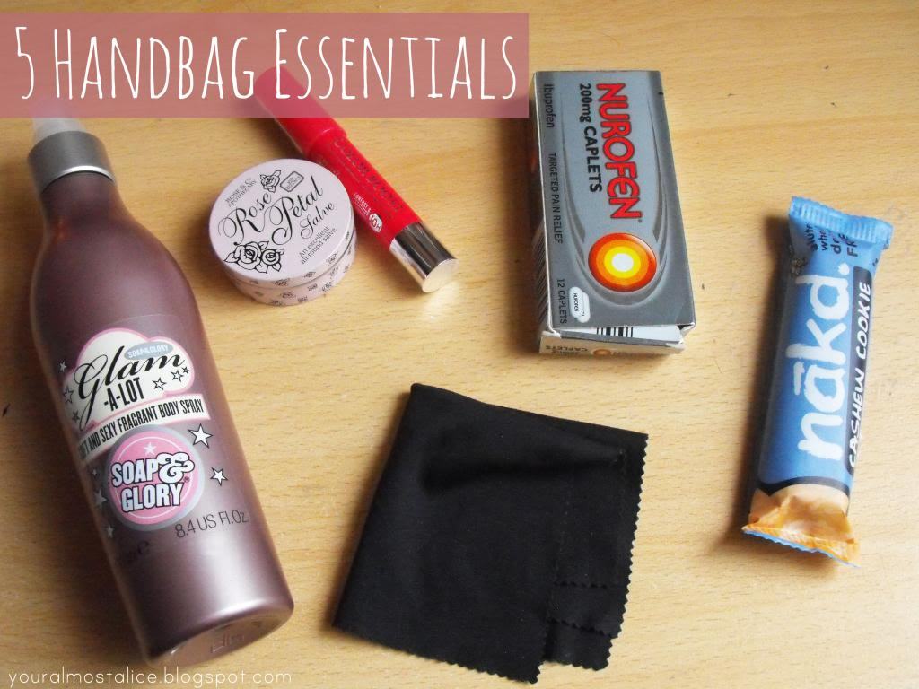 5 Handbag Essentials