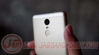 Xiaomi Redmi Note 3 Belakang