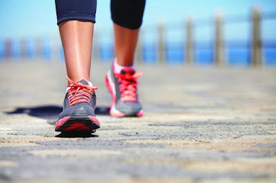 10 فوائد للمشي - فائدة ممارسة رياضة المشي يوميا