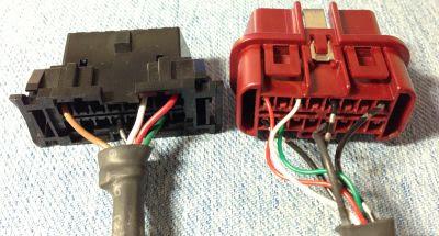 TECTOM CMX100-H2のOBDⅡコネクター