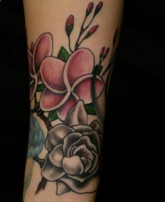 tato bunga rose