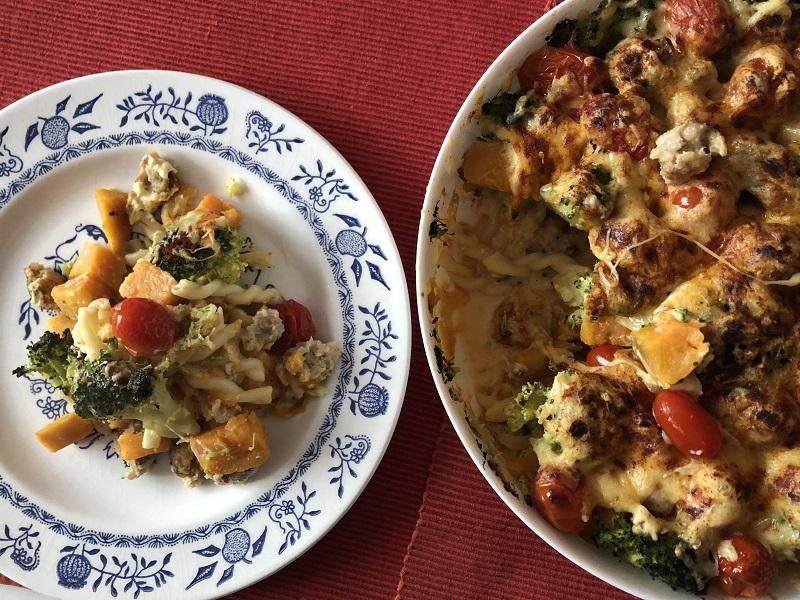 Zapiekany makaron z kolorowymi warzywami + Diana