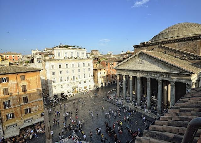Vista aérea da Piazza della Rotonda em Roma