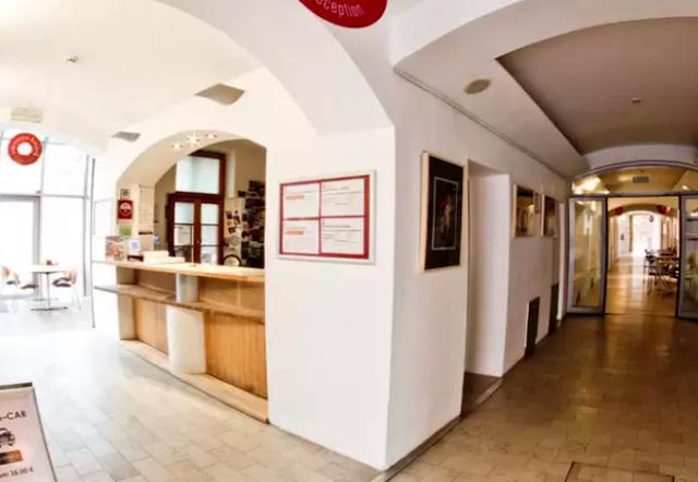 where to stay in ljubljana