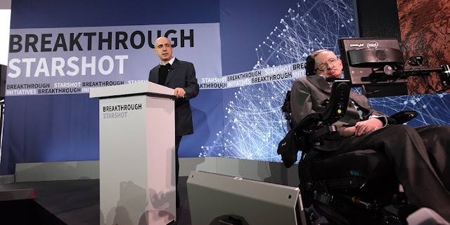 Yuri Milner and Stephen Hawking host press conference to announce Breakthrough Starshot, a new space exploration initiative, at One World Observatory on April 12, 2016 in New York City. (Photo by Bryan Bedder/Getty Images for Breakthrough Prize Foundation)