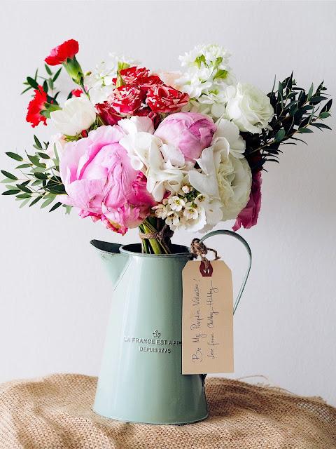 cómo-acortar-rutina-cada-mañana-jarrón-flores