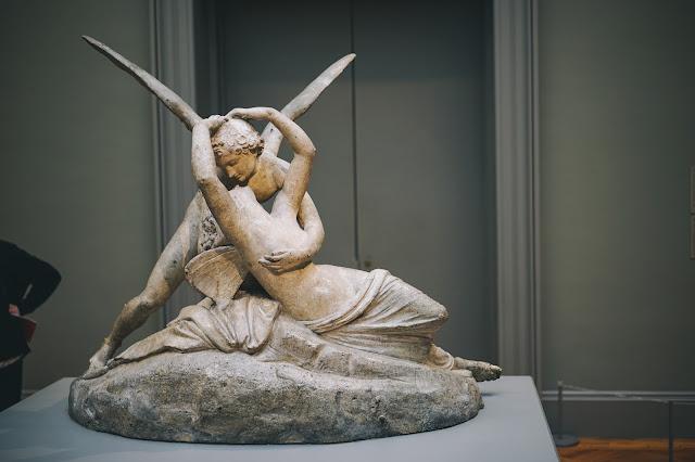 アモルの接吻で蘇るプシュケ(Cupid and Psyche)