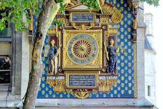 Paris : La plus vieille horloge publique de Paris, belle mécanique au palais de la Cité et restauration de la Tour de l'Horloge - Ier