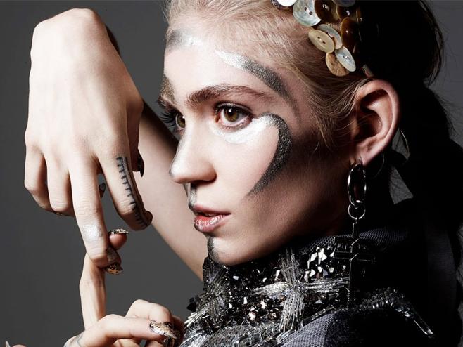 Grimes divulga a demo 'Pretty Dark', resultado de sessões criativas e experimentais