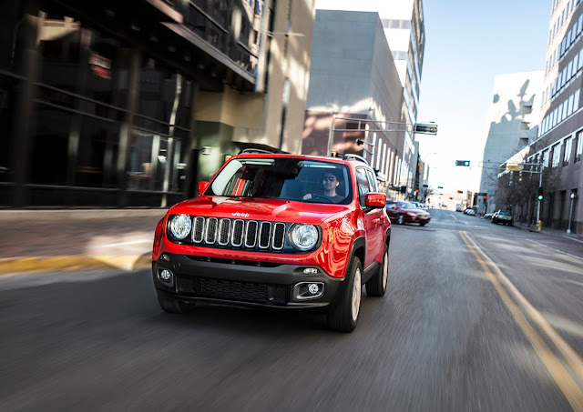 Front view of 2016 Jeep Renegade Limited