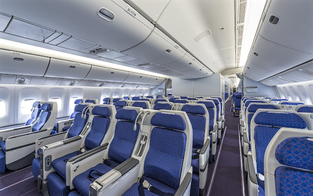 Boeing 777-300 Premium Economy Class China Southern Airlines Seating
