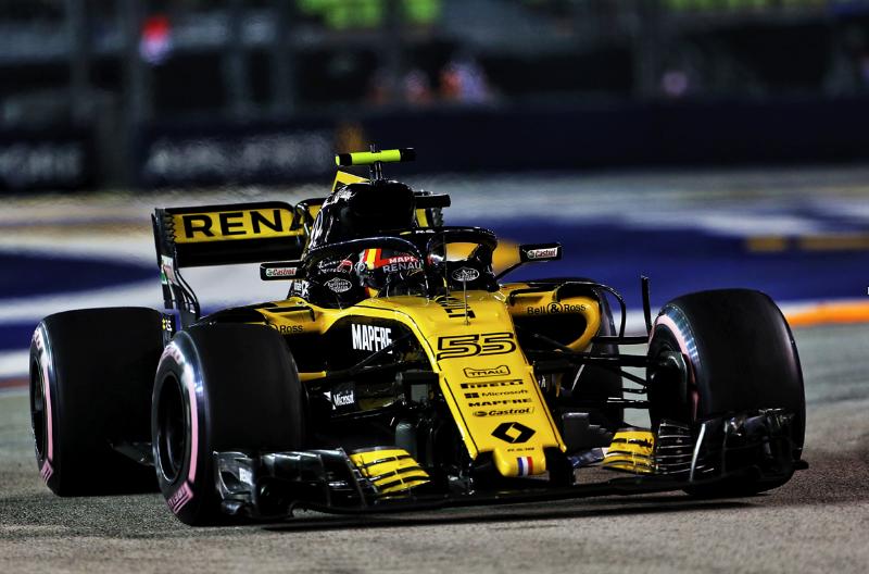 Και η F1 της Renault στην έκθεση αυτοκινήτου!