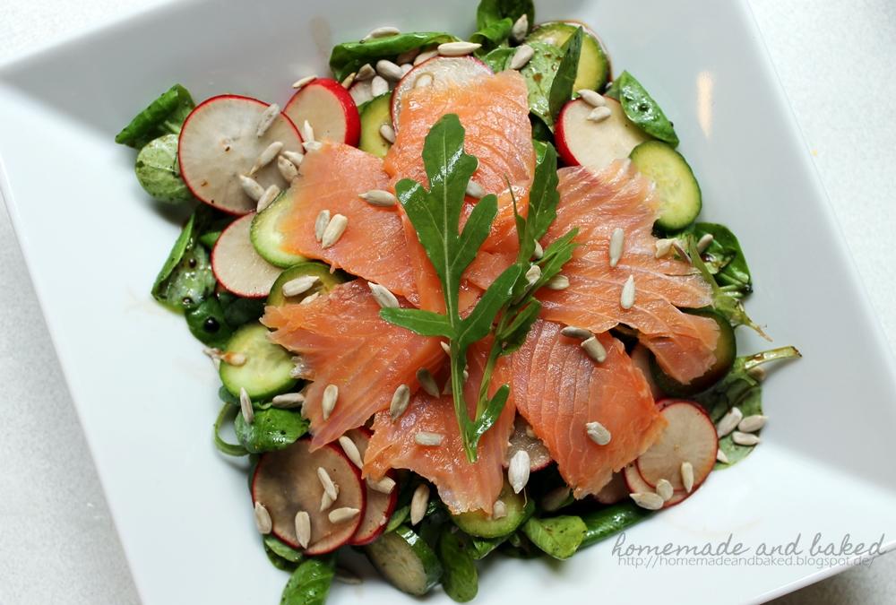 homemade and baked food blog sommerlicher salat mit r ucherlachs. Black Bedroom Furniture Sets. Home Design Ideas
